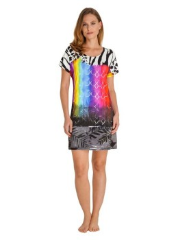 Farbenfrohes Strandkleid